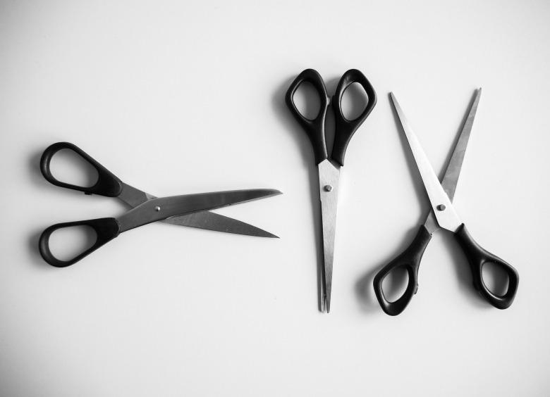scissors-2438795_1920