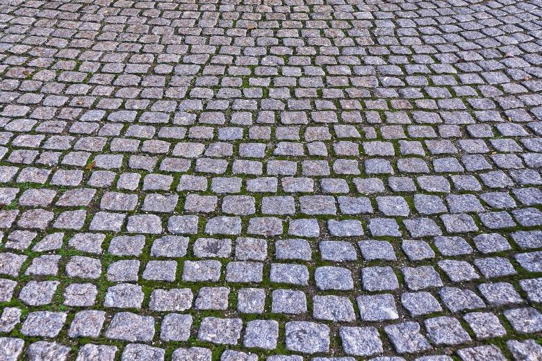 cobblestones-2937996_1920