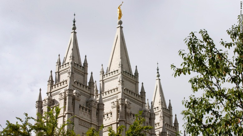 170309175351-mormon-temple-exlarge-169