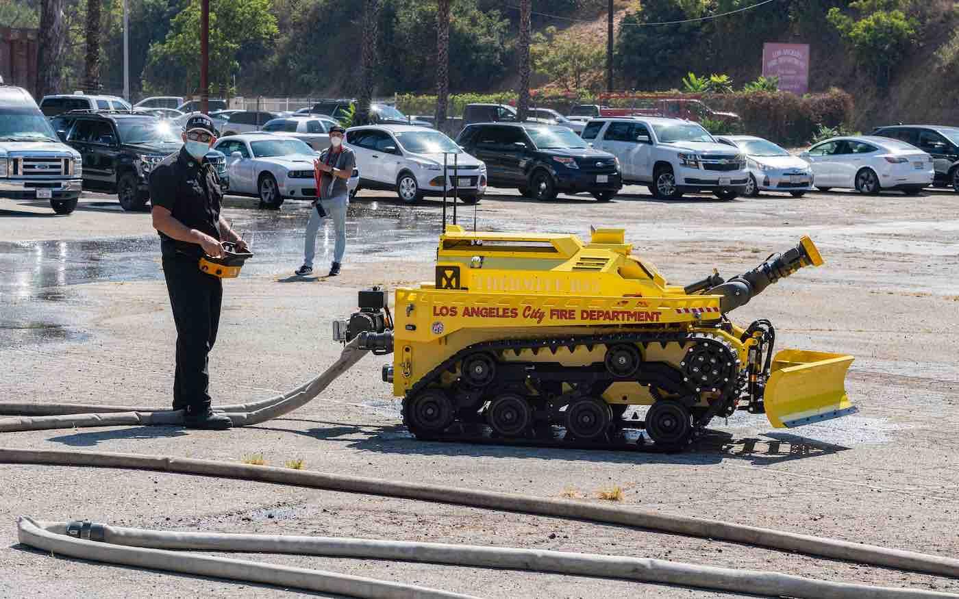 Firefighting-Robot-CC-LAFD-Gary-Apodaca